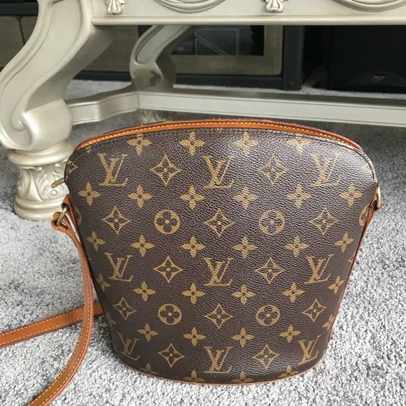 7065b99a4398 Louis Vuitton Handbags - Louis Vuitton Drouot Monogram crossbody bag
